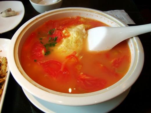 Vietnamese Tomato Egg Drop Soup Recipe (Canh Ca Chua Trung)