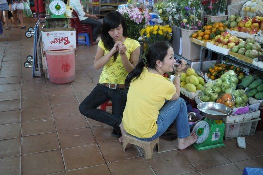 Ben Thanh Market has lots of fruits for sale too.