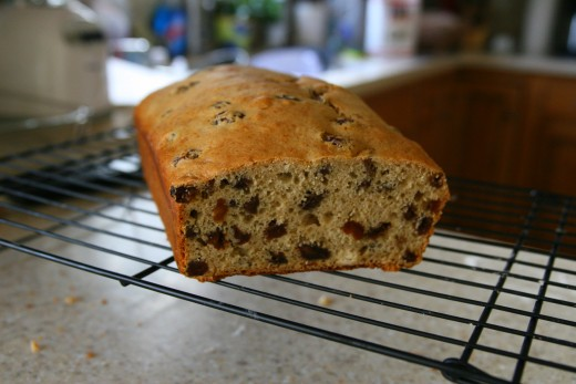 A more traditional barmbrack, made with raisins.