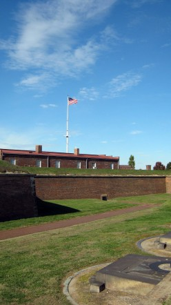 Fort McHenry - Baltimore's National Monument and Historic Shrine
