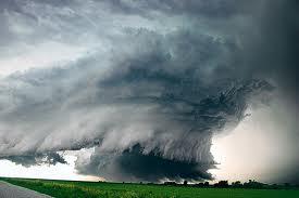 Huge tornado picture