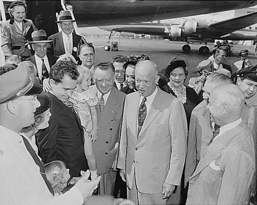 Eisenhower meets Nixon's daughters
