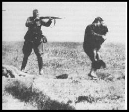 Einsatzgruppen execution of a woman and child in Ukraine.