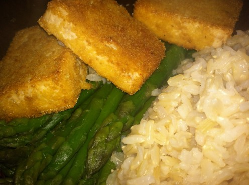 Baked cornmeal encrusted tofu served with steamed asparagus & brown jasmine rice