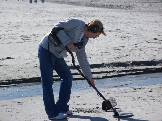 Treasure Hunting on Beach with Metal Detector