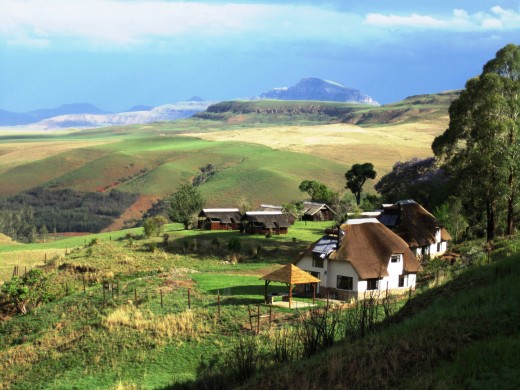 Sungubala Drakensberg Mountain Bush Lodge.