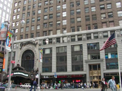 the Paramont building on Broadway © Eric Heifetz