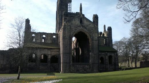 Abbey Ruins E7