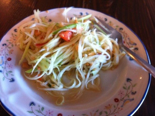 Delicious green papaya salad
