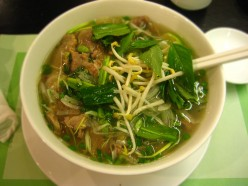 How to cook Vietnamese pho?