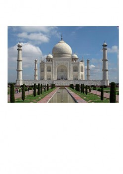 Indian Jewel, The Taj Mahal. Why you should visit.