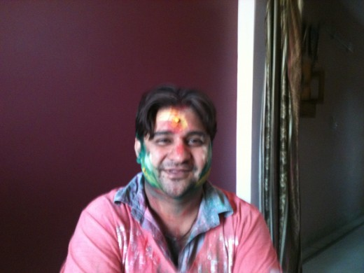 Soni2006 also turned colorful on the occasion of Holi.