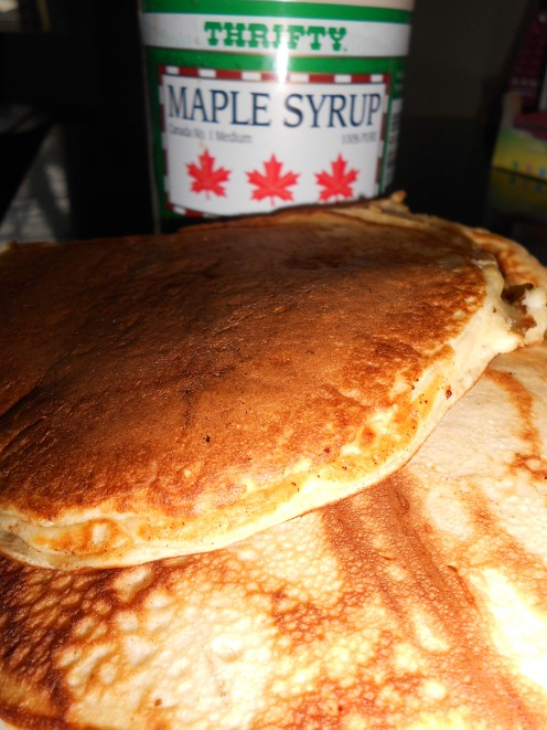 Vanilla Pancakes with maple syrup - created with organic flour or wheat and gluten free