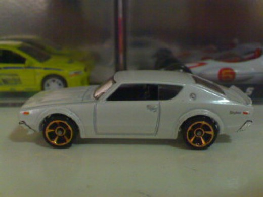 Brian's old school Nissan Skyline diecast. Funny though how JDM (Japan Domestic Market) vehicle found on its way to Brazil