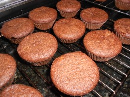 "Cooked cakes with perfect ""flat"" tops for icing"