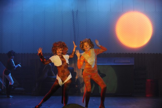 "San Diego Junior Theatre's Cats, the Musical: Bombalurina & Demeter rock out to ""Macavity"""
