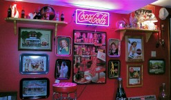 The Beginning Of Coca-Cola Collectables & The Popularity  of Coca-Cola Trays