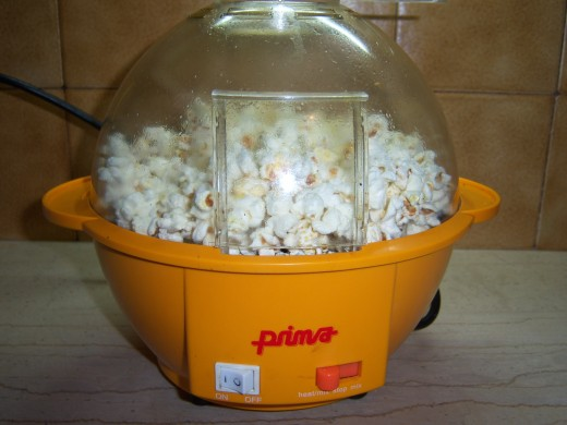 Popcorn in a popcorn machine....