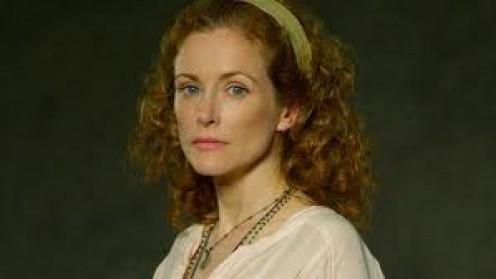 Leslie Hope as Tess Cole