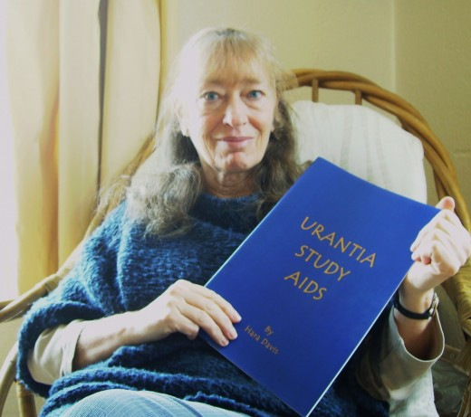 Hara Davis recommends the Urantia Book
