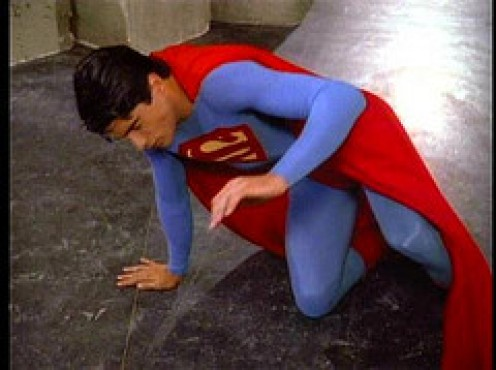 UH, OH! IS THERE ANY GREEN KRYPTONITE AROUND? SUPERMAN LOOKS MIGHTY WEAK.