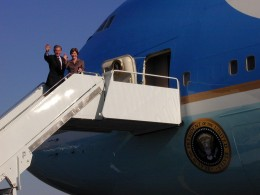 President George W. Bush and First Lady Laura Bush board Air Force One