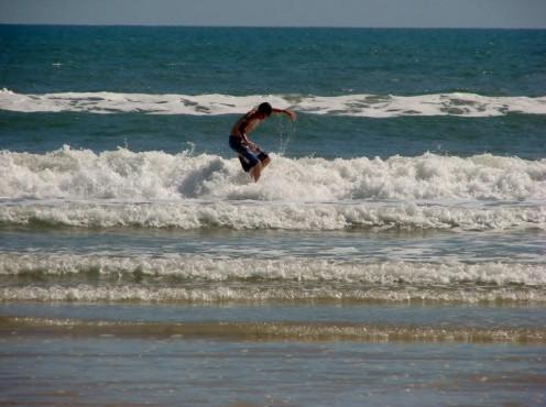 Gentle shore waves