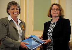 Premier Anna Bligh receives the Final Report into the Commission of Inquiry