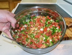 Easy salsa recipe, finished in twenty-five minutes!