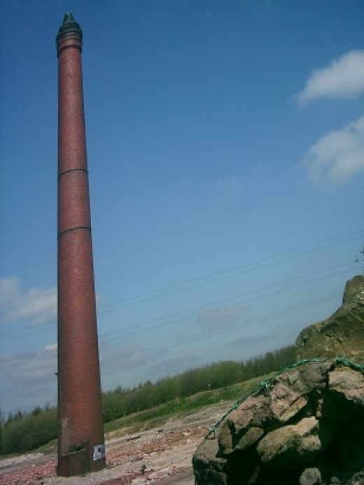 Red Chimney Near Hapton the weekend before it was demolished.