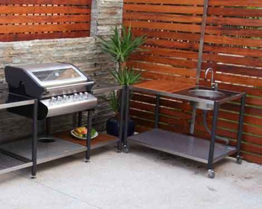 great modular design still gives the convenience and great looks of an outdoor kitchen