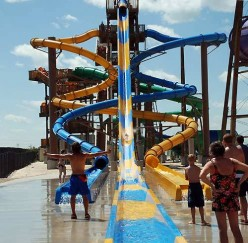 Best Water Parks in Illinois