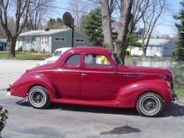 1939 Ford, read to cruise.