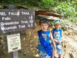 Trailhead for Laurel Falls