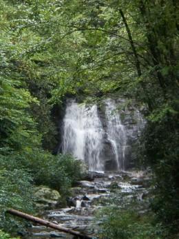Hidden Waterfall between Gatlinburg Park Entrance and Cades Cove