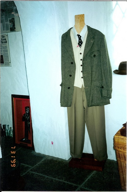 Clothes worn by John Wayne in the movie, The Quiet Man