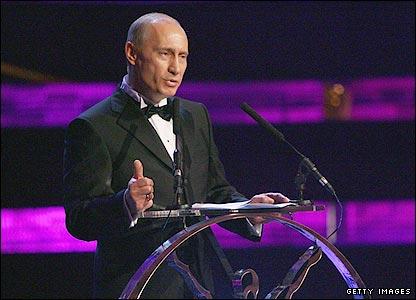 Putin, Looking Sharp in a Black-Tie Event