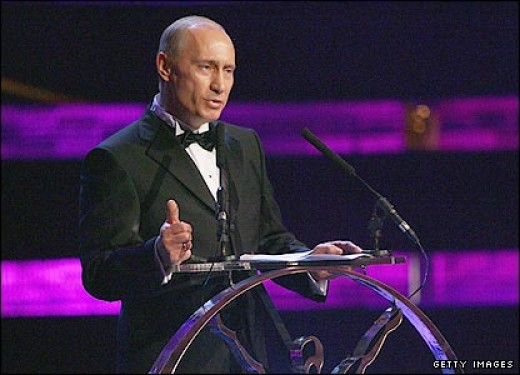 Putin, Looking Sharp in a Black-Tie Event