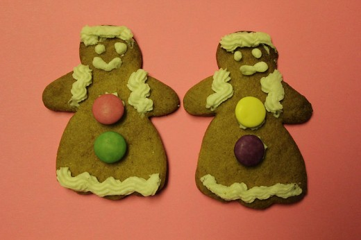 Two Gingerbread Women