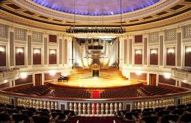 Brisbane City Hall, the main hall with organ in the background. This hall is very interesting and can sit a few thousand of people