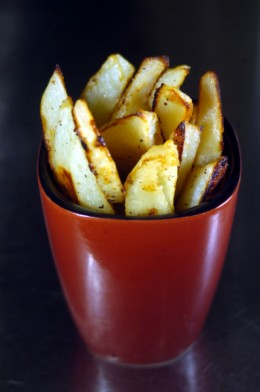 When you make oven fries do they end up soggy. Here I'm going to show you how to make perfect oven fries.