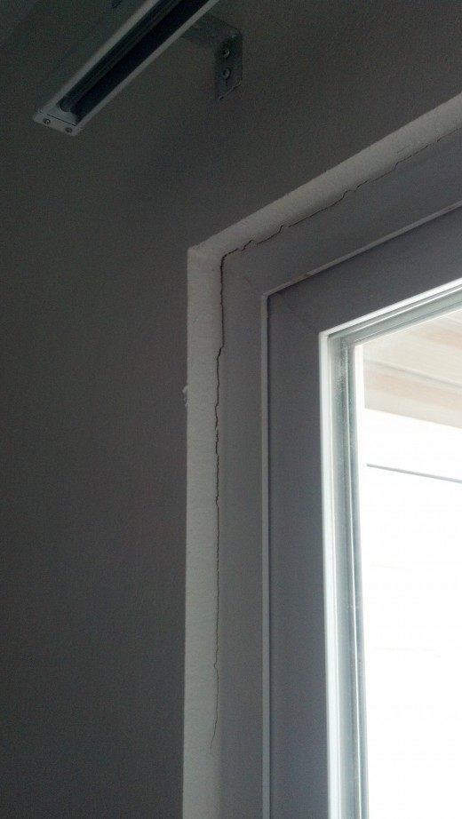 More Cracks was patched with caulking
