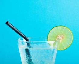 Refreshing lemonade from digital lemons