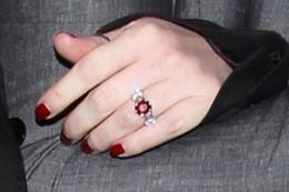 Jessica Simpson's three-stone ruby stunner