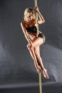 Pole Dancing Classes To Get Fit: Exercises For Your Soul And Body