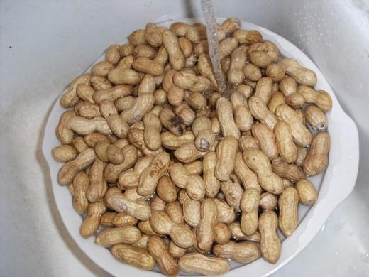 Rinsing off My peanuts with cold water