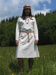 Typical female dress for the women of the Japodian tribe.  Their culture extends from east of Istria, canyons in the Velebit mountains and perhaps as far east as Slovenija.