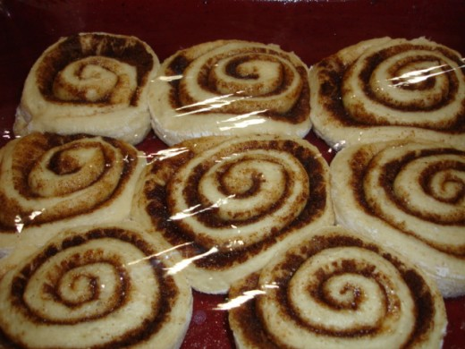 Cinnabon rolls after risen