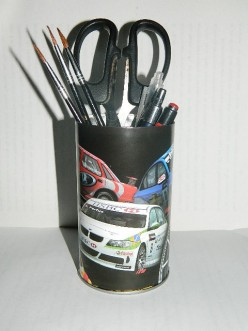 Craft For Kids: How To Make Pen Holders Out Of Recycled Materials