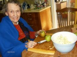 Mom helps me make apple pies